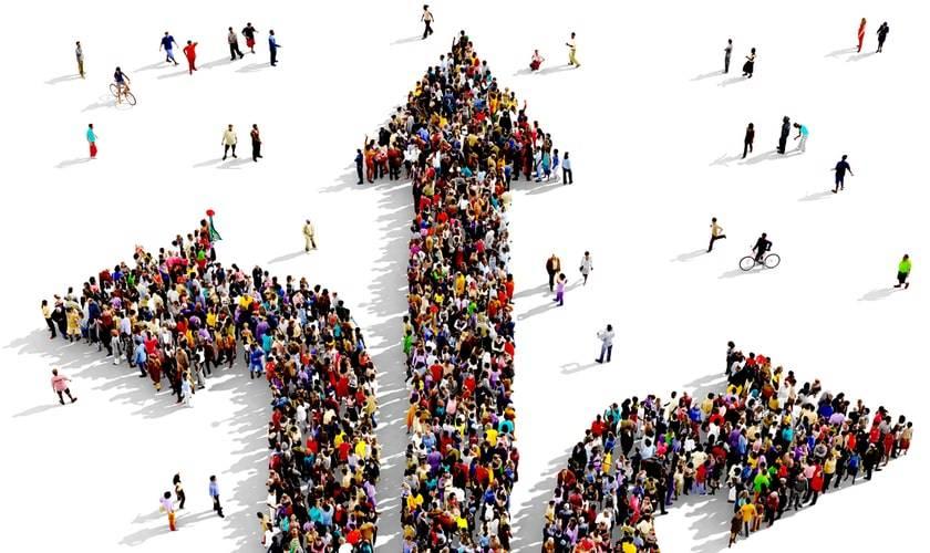 decisiones grupales, curso dirección de empresas, pensamiento crítico, errores grupales