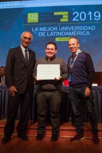 Clase Ejecutiva UC graduó a alumnos de Walmart de sus programas de diplomado online.