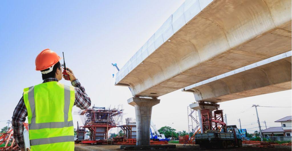proyectos, sobrecostos construcción, diplomados Uc online